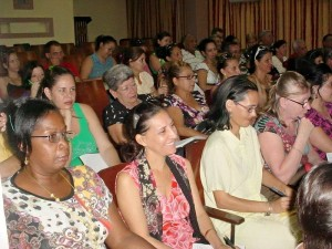 Reunión-Universidad de Holguín2