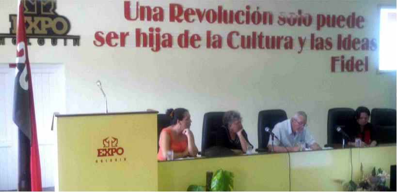 """Taller """"""""El desarrollo local en Holguín: potencialidades y desafíos"""""""", desarrollada en el recinto ferial ExpoHolguín, el 20 de noviembre de 2015. UHO FOTO/Eduardo Puente Fernández"""