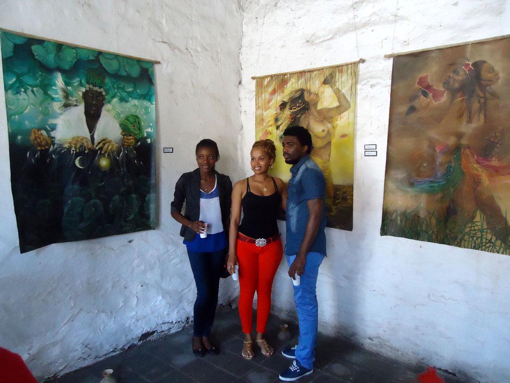 Exposición de pinturas referentes a la cultura africana de la artista Lisandra Ávila. Desarrollado en Centro Cultural Casa del Taita, Casa del Teniente Gobernador, el 24 de octubre de 2015-UHO/Foto: Yaima Rodríguez Morales