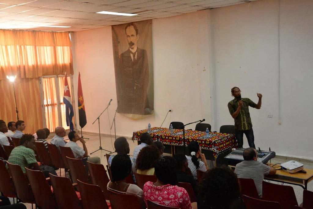 Encuentro de la Asociación de Estudiantes Angolanos en Cuba. Foto: Yusmel Pérez.