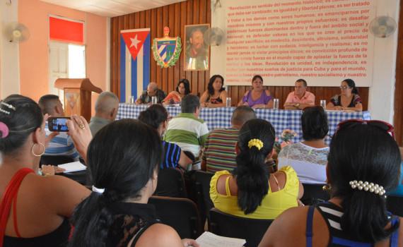 Intercambio entre la dirección de la Universidad de Holguín y profesores y estudiantes de las filiales y centros municipales. Desarrollado en Sagua de Tánamo, el 12 de octubre de 2016. UHO FOTO/Yudith Rojas Tamayo