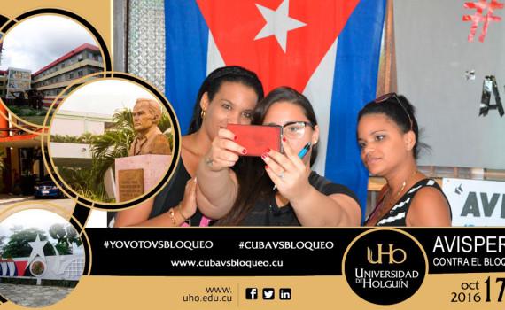 Uno de los selfies que se tomaron los estudiantes de la Universidad de Holguín como parte del Avispero contra el bloqueo. Composición: Luis Ernesto Ruiz Martínez/Dircom.