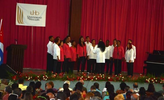 El Orfeón Holguín, celebra también su aniversario el 4 de noviembre, junto con la Universidad de Holguín. Acto desarrollado en la Sede José de la Luz y Caballero. UHO FOTO/Yudith Rojas Tamayo-DIRCOM.