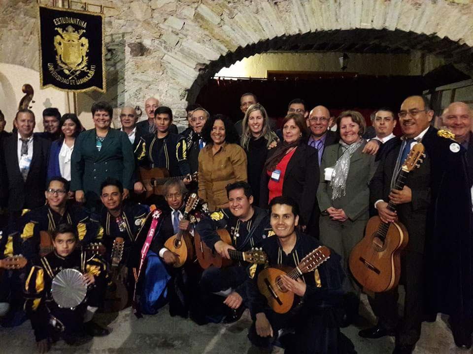Estudiantina, grupo típico creado hace 50 años en la Universidad de Guanajuato.