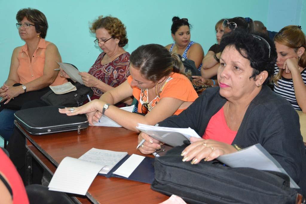 Defensa pública para la aprobación del Plan de Estudio E correspondiente a la carrera Pedagogía Psicología. Desarrollado en la sede José de la Luz y Caballero, el 07 de febrero de 2017. Foto: Yudith Rojas Tamayo.