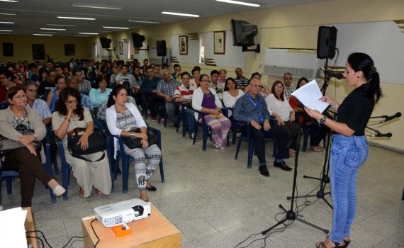 Apertura de la Evaluación Externa de la Carrera Licenciatura en Lengua Inglesa. Efectuada en la sede Celia Sánchez Manduley de la Universidad de Holguín el 20 de marzo de 2017. UHO FOTO/Luis Ernesto Ruiz Martínez