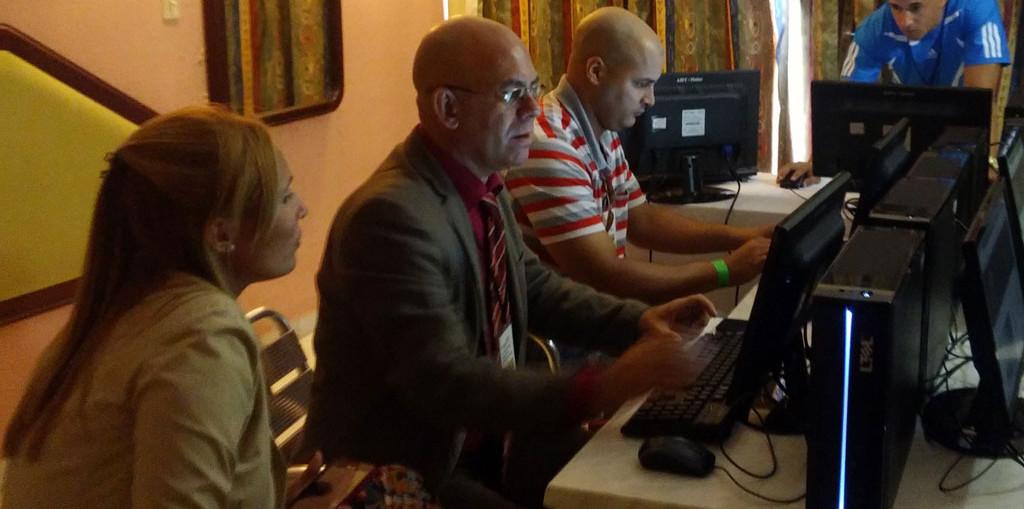 Comienzo del Foro interactivo en la Conferencia Científica Internacional.