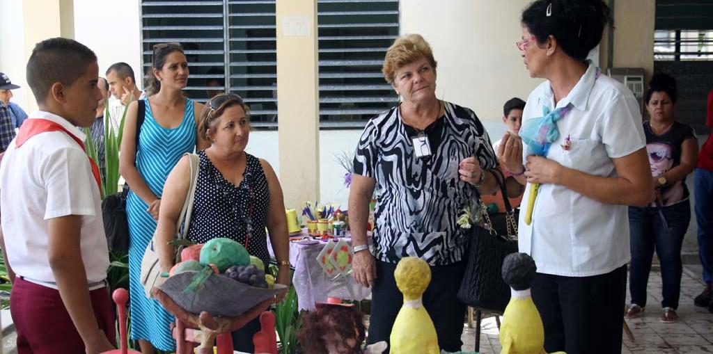 """Visita al municipio Báguanos, como parte del proceso de evaluación externa a la Especialidad """"Gestión y desarrollo de la formación laboral"""". Desarrollada el 24 de mayo de 2017. UHO FOTO/Osmel Chapman Pérez."""