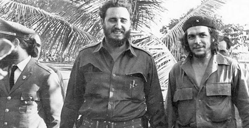 Junto al Comandante en Jefe Fidel castro en febrero de 1960.
