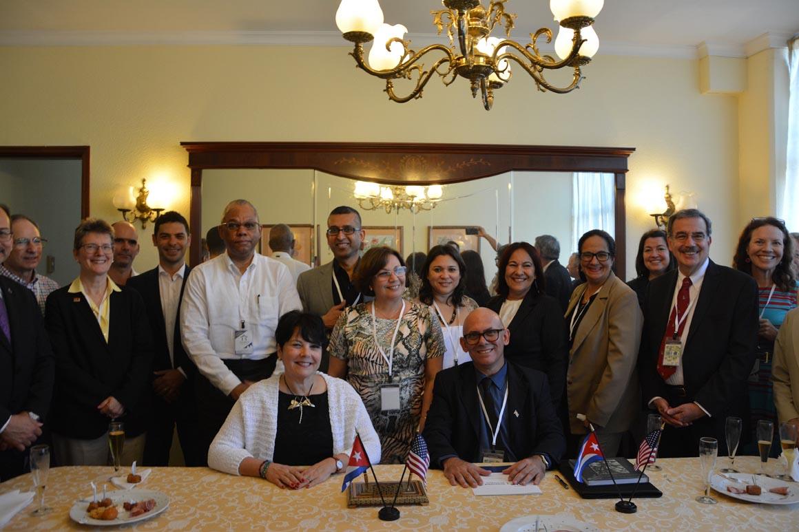 El Farmigdale University College de Nueva York y la Universidad de Holguín firmaron un memorándum de entendimiento en el Congreso Internacional Universidad 2018. UHO FOTO/Yani Martínez.