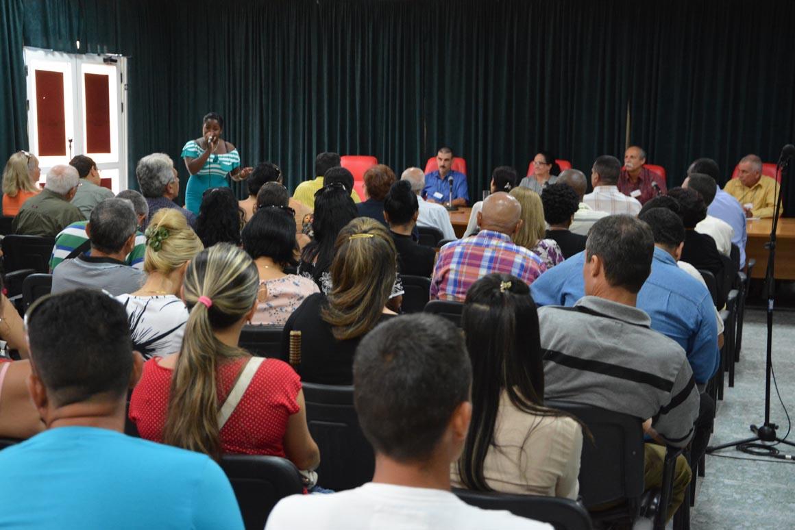 Apertura del Cuarto Taller Nacional sobre estudios de Dirección, efectuado en Expo Holguín los días 1 y 2 de junio de 2018. UHo FOTO/Luis Ernesto Ruiz Martínez.