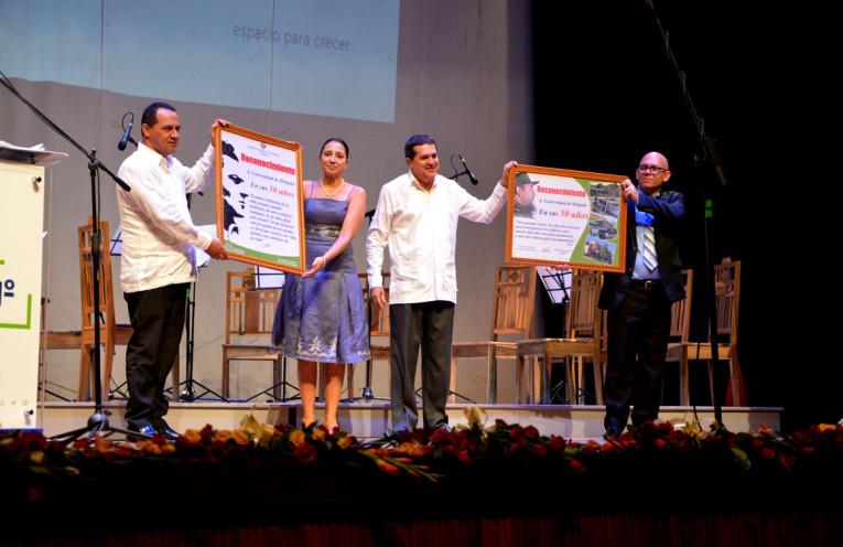 Autoridades del Partido y el Gobierno reconocen a la UHo en el Claustro Solemne en saludo al aniversario 50, desarrollado en el Teatro Eddy Suñol, el 4 de noviembre de 2018. UHo FOTO/Luis Ernesto Ruiz Martínez.
