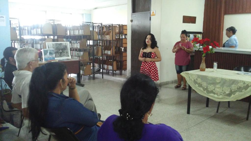 """Presentación del libro """"Apuntes para la historia de la Universidad en Holguín"""", por el Dr.C. Roberto Rodríguez Córdova. Desarrollado en la sede Oscar Lucero Moya, el 05 de dciembre de 2018-UHO/Foto: Yudith Rojas Tamayo"""