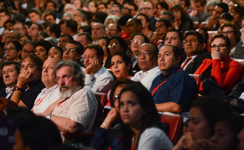 Asistentes a la inauguración del XII Congreso Internacional de Educación Superior Universidad 2020, en el Teatro Karl Marx, en La Habana, el 10 de febrero de 2020.   ACN FOTO/Marcelino VÁZQUEZ HERNÁNDEZ/ogm