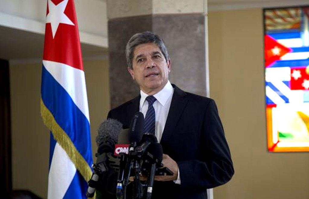 Carlos Fernández de Cossío, director general de Estados Unidos de la Cancillería de Cuba, en rueda de prensa. Foto: Ismael Francisco/ Cubadebate.