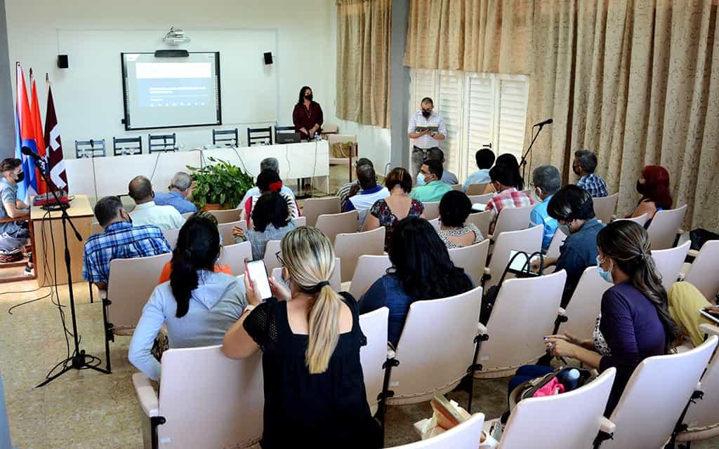 Viceprimer Ministro evalúa preparativos para el regreso a la presencialidad en universidades de Holguín